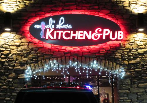 Kitchen & Pub